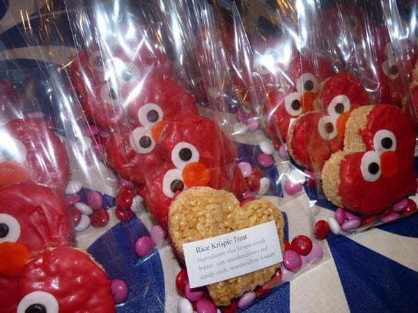 Elmo Heart Rice Krispies to include with Elmo Valentines cards