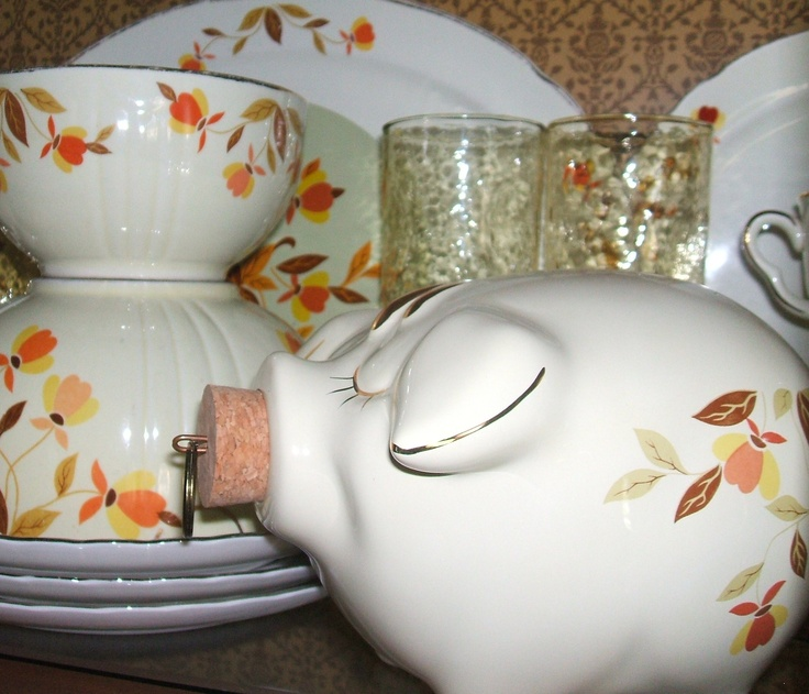 Hall's Autumn Jewel Tea dishes   Mom's Dishes  I've never seen the piggy bank..want one
