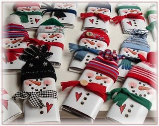 Snowman Candy Wrapper - hats made out of felt or fleece...scarfs made ...
