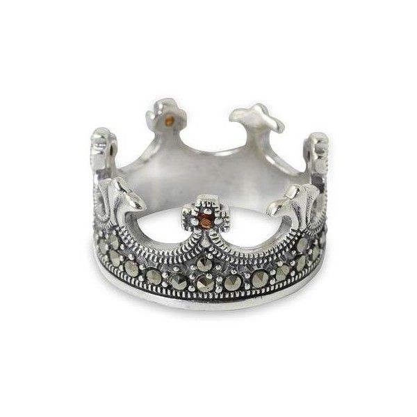 NOVICA Handmade Thai Silver Crown Ring with Garnet and Marcasite (190 BRL) ❤ liked on Polyvore featuring jewelry, rings, band, garnet, stud ring, silver rings, marcasite band ring, band jewelry и novica jewelry