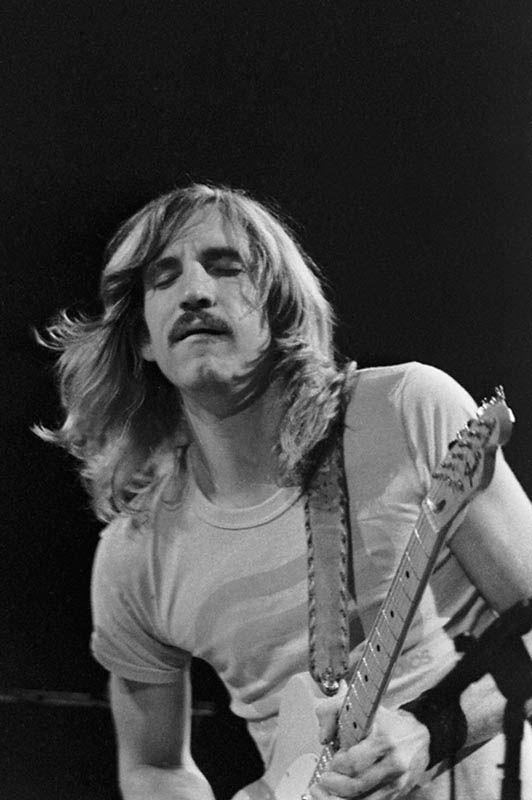 Apprends à jouer de la #guitare comme Joe #Walsh de The #Eagles sur https://www.MyMusicTeacher.fr !