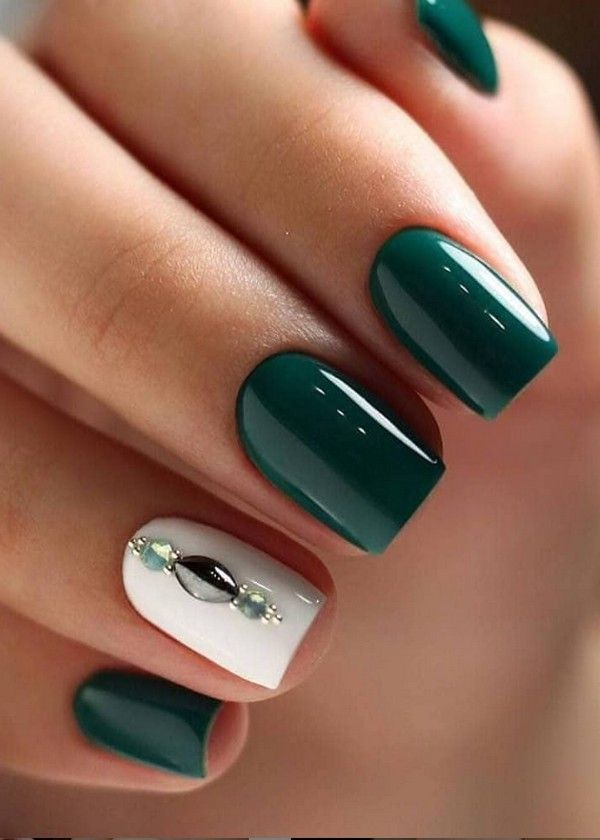 Top 20 Dark Green Emerald Nail Art Design Ideas In 2020 Emerald Nails Green Nail Designs Green Nails