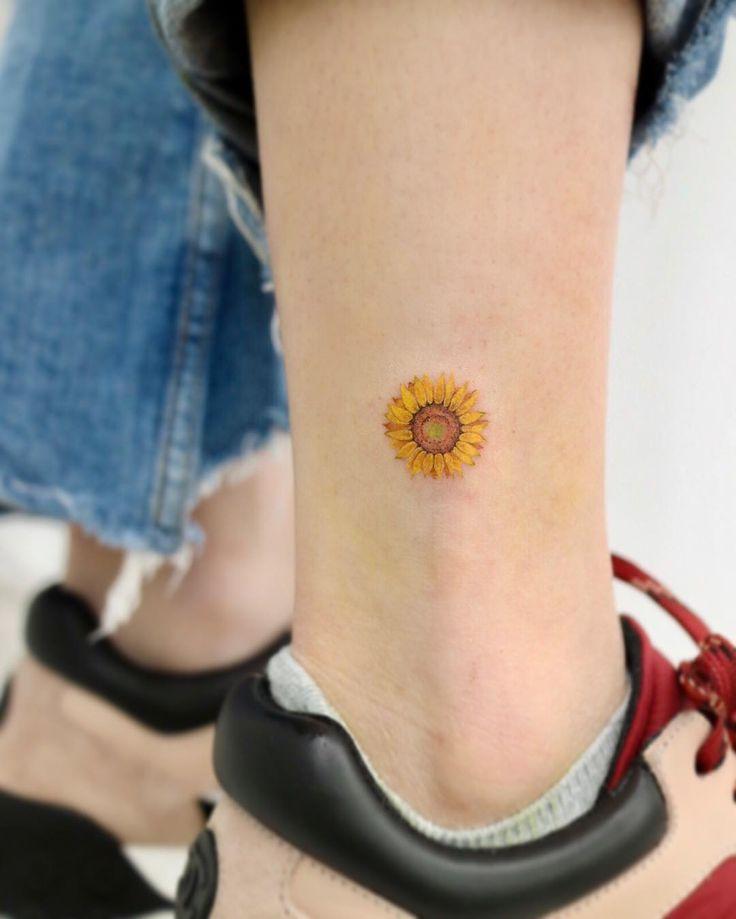 60 einzigartige kleine Aquarell-Tattoos für Frauen #tattoos #tattoosforwomen #tattoode …