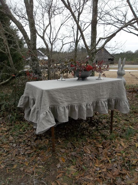 https://www.etsy.com/fr/listing/87504128/made-to-order-ruffled-tablecloth-linen?ref=shop_home_feat_1