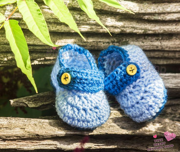 https://flic.kr/p/MMUhCZ | crochet Baby Shoes | This beautiful baby shoes is Made only for your little sweet baby or as a gift for you lovely ones,,  you can customise the accessorise , the colour OR write your baby initials on the shoes Handmade **  please visit my Etsy shop  page for more informations  www.etsy.com/ca/shop/PinkHeartCrochetShoP?ref=hdr_shop_menu