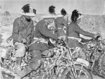 Bersaglieri soldiers in North Africa