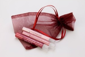 Lip Shimmer gift set includes three of your favorite wine pairings