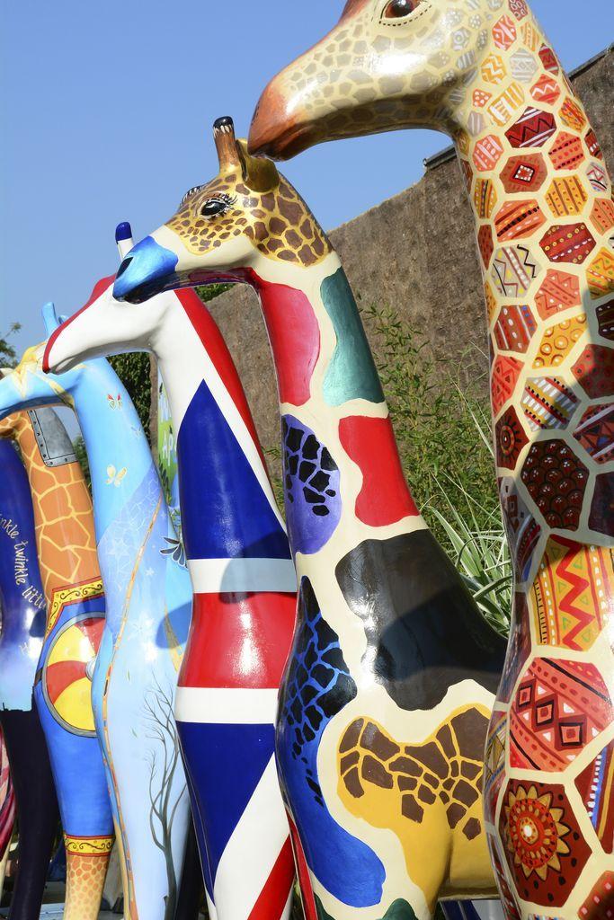Fiberglass Giraffes, Colchester Zoo jigsaw puzzle in Animals puzzles on TheJigsawPuzzles.com