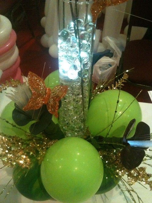Sparkling green and gold centerpiece-centerpiece, balloon centerpiece, wedding, wedding decor, wedding centerpiece, birthday centerpiece, corporate gift.