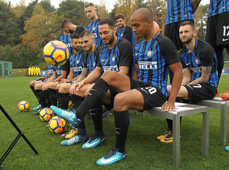 """56.1k Likes, 239 Comments - Inter (@inter) on Instagram: """" Smile!  #Backstage #PhotoShoot #InterIsComing #ForzaInter #FCIM #FCInternazionaleMilano"""""""