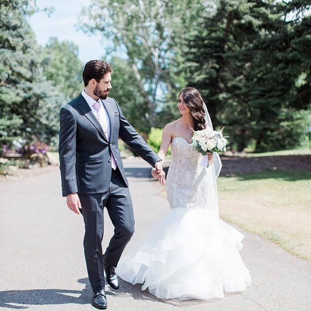 #EWGroom One of the awesome Real Weddings we dressed this year! 📸 : @j.holla785, 📸 @nicolesarahwedding .    #Regram via @ewmenswear