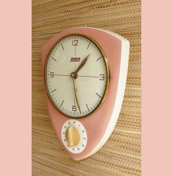 Kitchen Clock  Egg-Timer  wind up clock  Vintage Deco  by GLOWUP