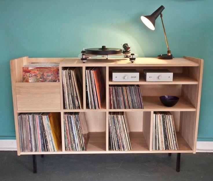 Nationale 7, Chineur/Disquaire parisien vient de présenter sa toute dernière et originale production : leN001 ! Le meuble parfait pour tous vos vinyles