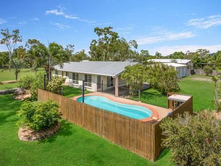 9 Equardo Road Mount Low Qld 4818 - House for Sale #127129310 - realestate.com.au