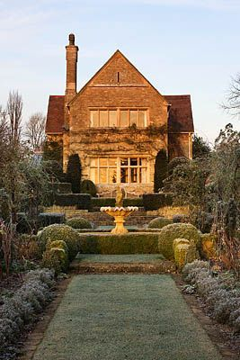 Clive Nichols: Exterior, European Houses Styles, Dower Houses, Manor Houses, Flower