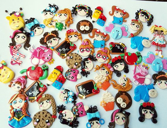 * Size: 3.5 cm Ordering Instructions * The customer can choose 01 doll face from the 36 available models for the price of 1 $. Only if you select this option should you select the model number. * The client can choose our pack of 36 identical models to the one of the photo for 18 $ (50% of discount, 0.5 $ each piece). PACK OF 36 PIECES * The customer can choose a pack of 36 pieces with the models of their preference, these can be different or the same. You can also customize the colors, so…