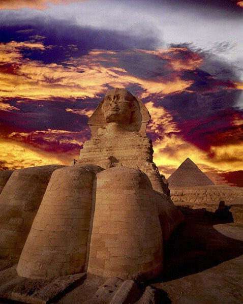 Sphinx and pyramid, Giza, Egypt