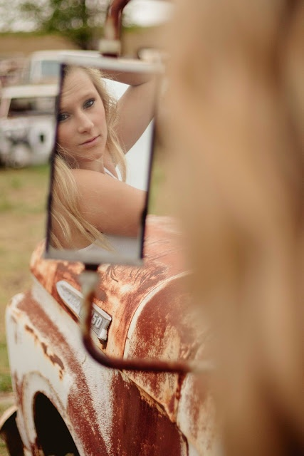 Would love for tori senior pics...  senior pictures country trucks. I think this might work for boys too.