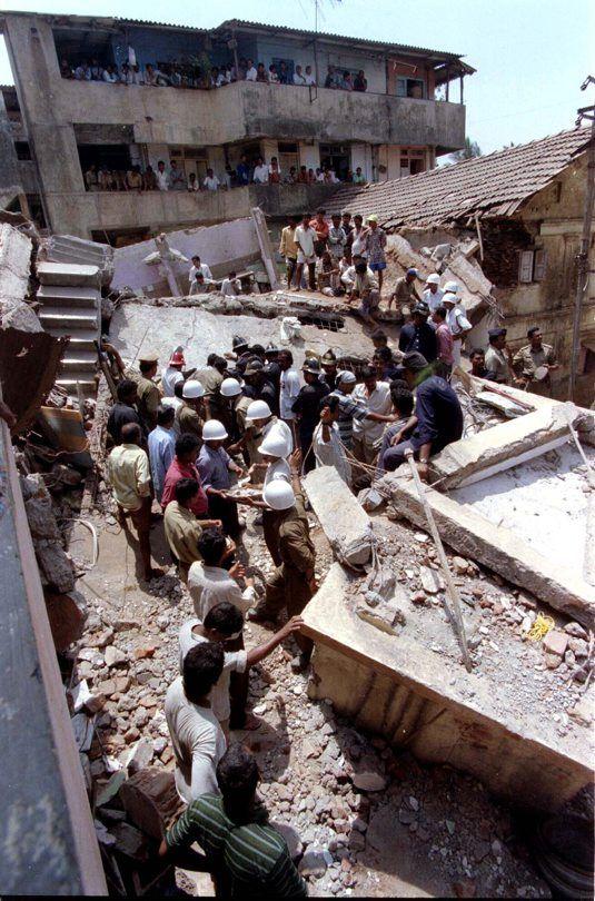 Gedung Runtuh India di Tahun 19992013 Dunia, Gedung