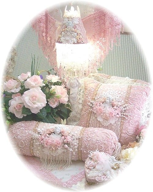 Victorian Bolster Pillows : 215 best images about Victorian Decor on Pinterest Cottages, Vintage room and Lamps