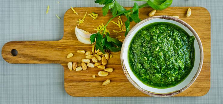 Pesto med persille/ruccola/grønnkål og pinjekjerner/valnøtter/solsikkefrø