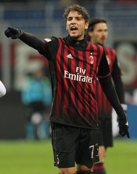Manuel Locatelli of AC Milan shouts during the Serie A match between AC Milan and Cagliari Calcio at Stadio Giuseppe Meazza on January 8, 2017 in Milan, Italy.
