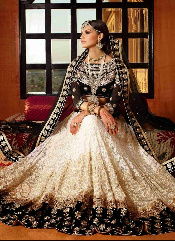 Fashion: Designer Lehenga Collection Pics