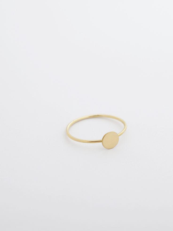 ring - nina - Anna Lawska Jewellery / collection - closeness -