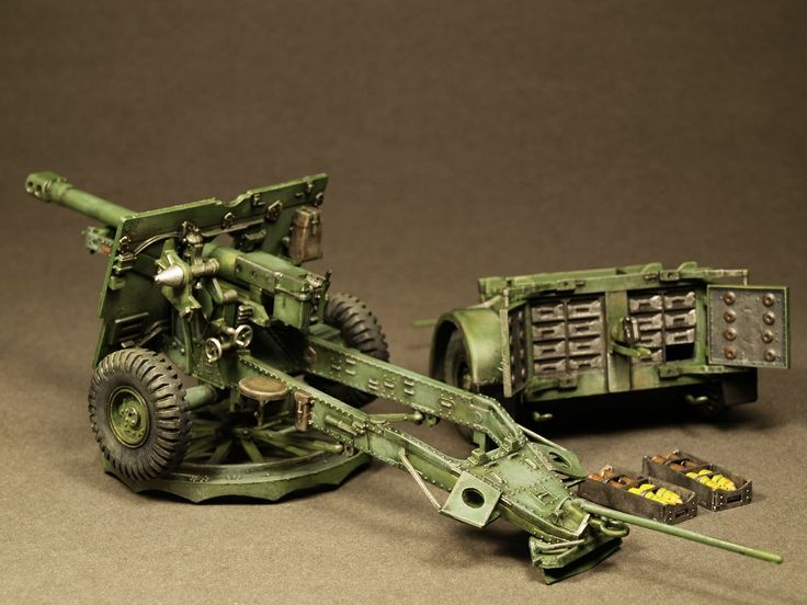 1/35 scale model of british field gun
