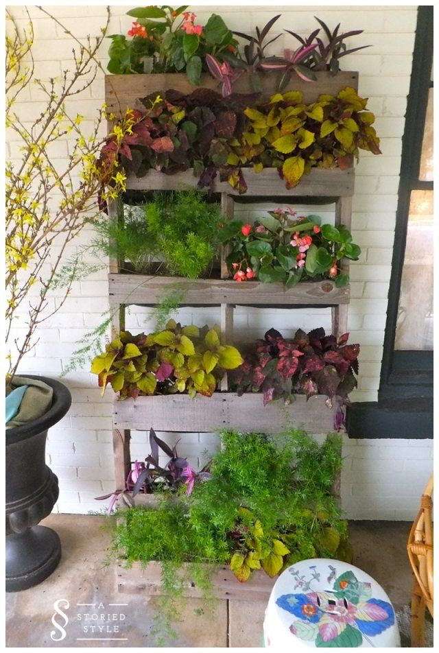 Top 18 DIY Projects To Repurpose A Wooden Pallet