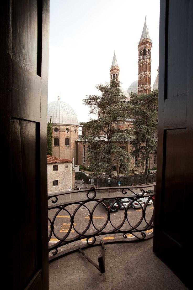 Finestra Hotel Casa del Pellegrino