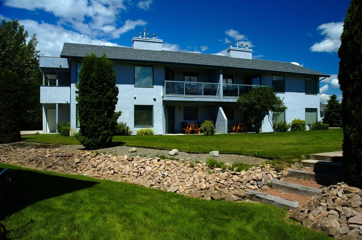 Holiday Park Resort, Kelowna, BC
