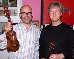 Harry Hill plays ukulele