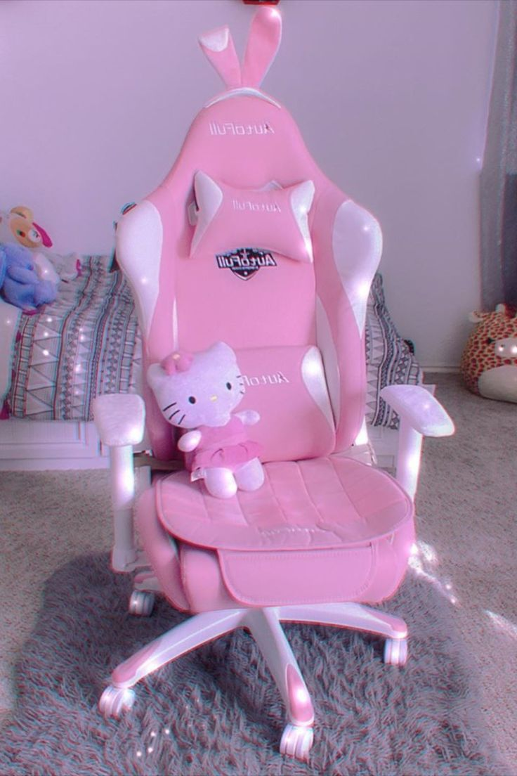 Autofull pink gaming chair with bunny video game room