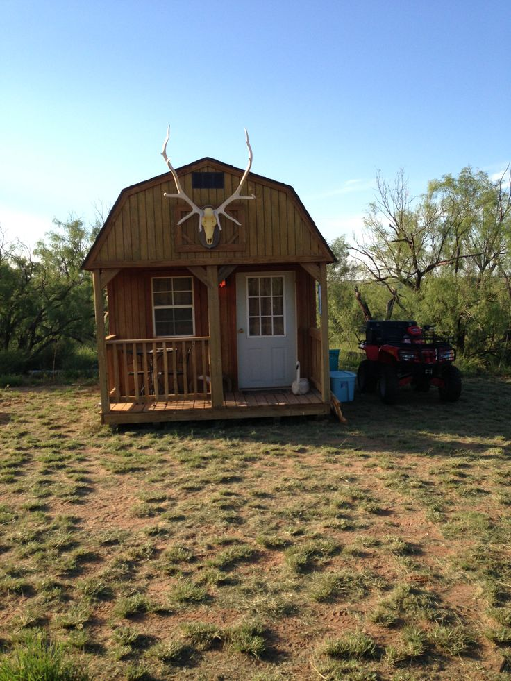 38 best images about hunting fishing themed man caves on for Best hunting cabins