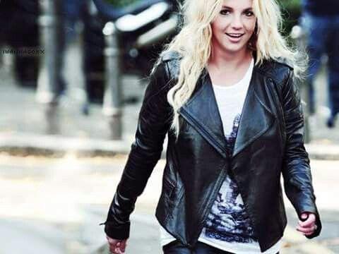 It's Britney Bitch !