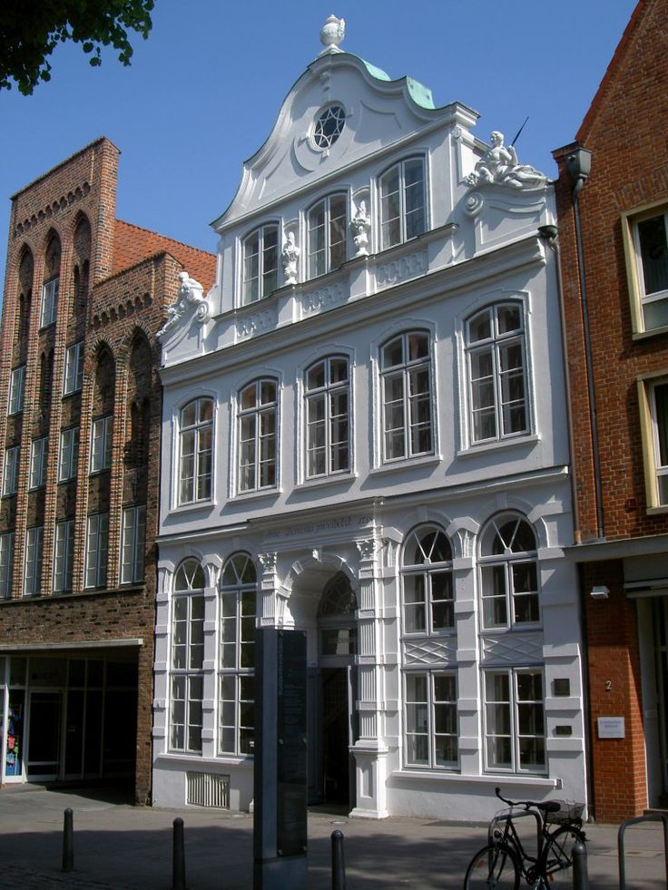 Lübeck, Buddenbrockhaus in der Mengstraße (22.05.2011)