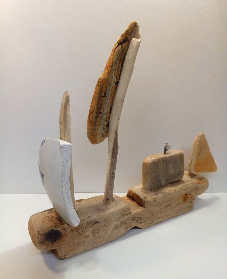 Driftwood Boat by CroyCrafts