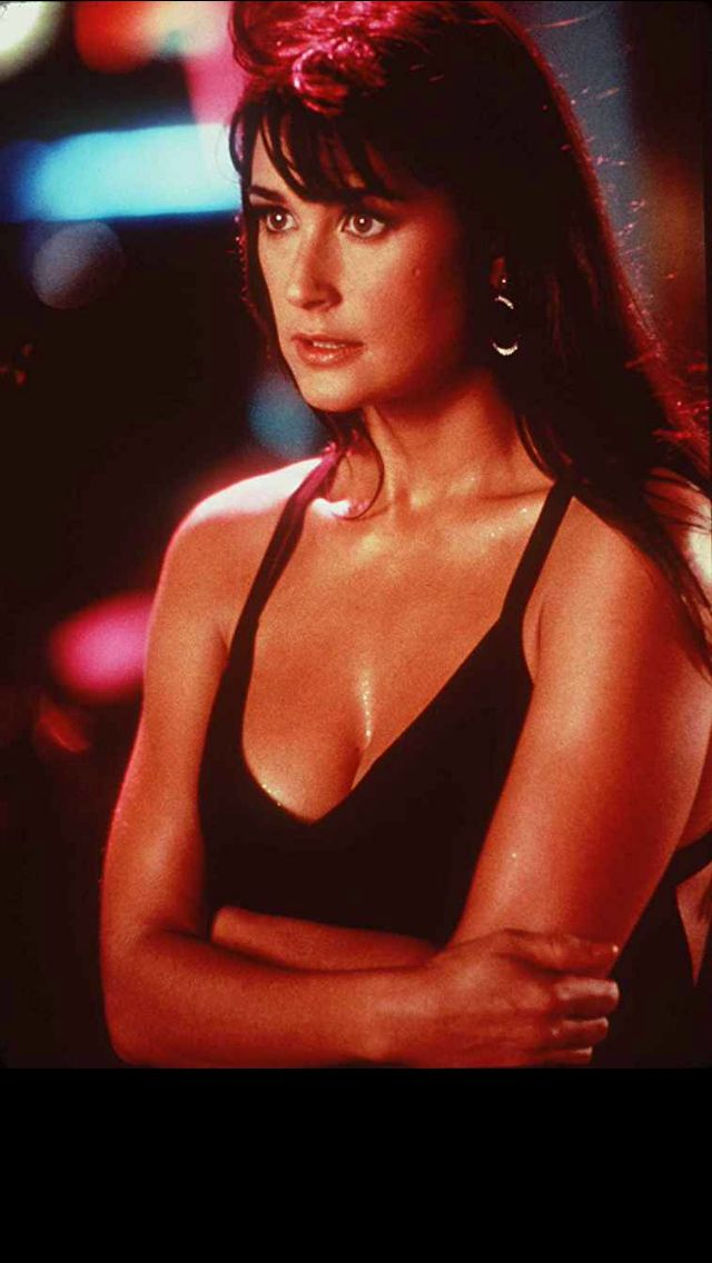 Demi Moore - Striptease