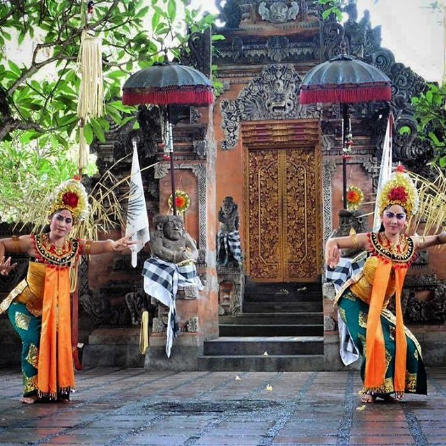Kris Barong dance performance in Bali, Indonesia. This dance tells the story of the fight between Barong (good spirit) and Rangda (evil spirit) We enjoyed watching it in a little village called Batubulan.