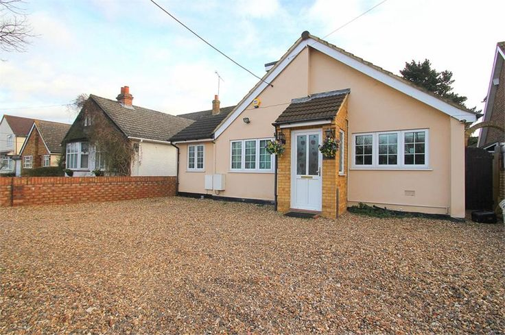 To Let Coppermill Road , Wraysbury £1,650 Freehold