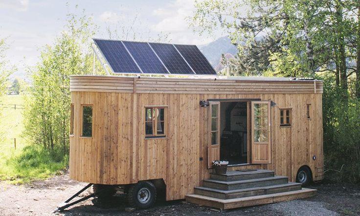 Freies Leben im Einklang mit der Natur: Dieser energieautarke Wohnwagenmacht es möglich