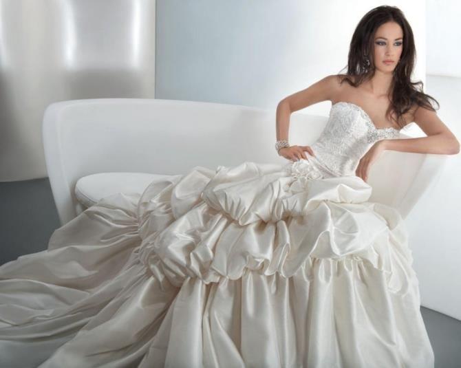 Свадебное платье из тафты рыбкой