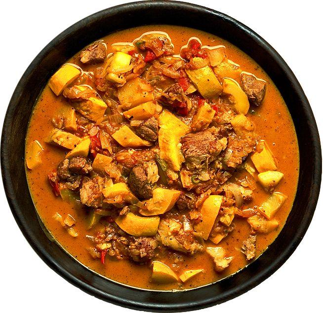 Väljer du lamm eller rostbiff har grytan en koktid på runt 40 minuter. Om du köper mindre mört kött ökar du bara på koktiden med 1/2 timme. Servera kokt potatis till.