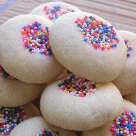 Mantecaditos (Puerto Rican shortbread cookies).