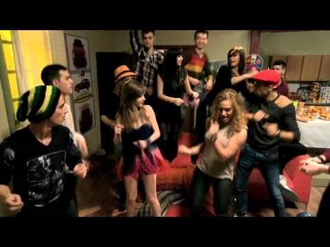 LaLa Band - Life is Life (cover in Pariu cu viata) - YouTube