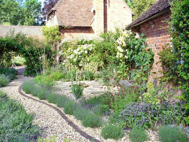 Low Maintenance Gravel Garden Design - Stanford Dingley, Berkshire