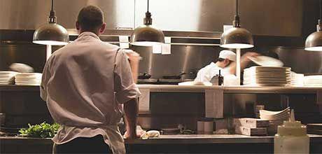 arredamento locali ristorante - Progettazione Contract Supervisor esecuzione Interni per la ristorazione. Arredamento, Finiture, impianti e attrezzature.