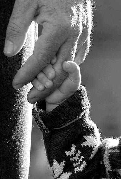 Black & White Photography - Holding Daddy's Hand, fingers, gesture, love, beauty, photo b/w