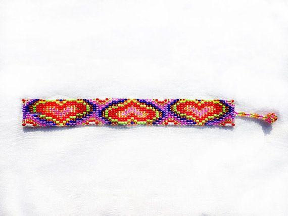 Kleurrijke Valentijnsdag armband, liefde armband, Bead Loom armband, armband met harten, Beadvowen hart armband, Valentijnsdag sieraden